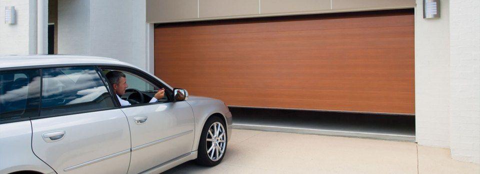 slider 03 960x349 - Motor Puerta Garaje Motor Puerta Correderas Basculantes Enrollables Barcelona Valencia y Alicante